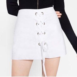 Zara White Front Cross Tied Skirt